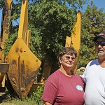 Tree diggers Freddy and Judy Martin about to hit busy season