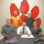 Gray signs to play baseball with Mississippi Delta